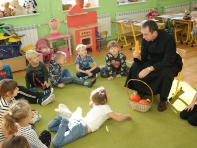Ksiądz z Ziarna w naszej szkole