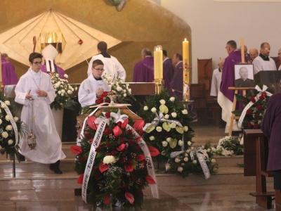 Uroczystości pogrzebowe księdza Stanisława Kutwińskiego sdb